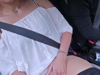 i masturbate in the car while uber driver makes my pussy wet